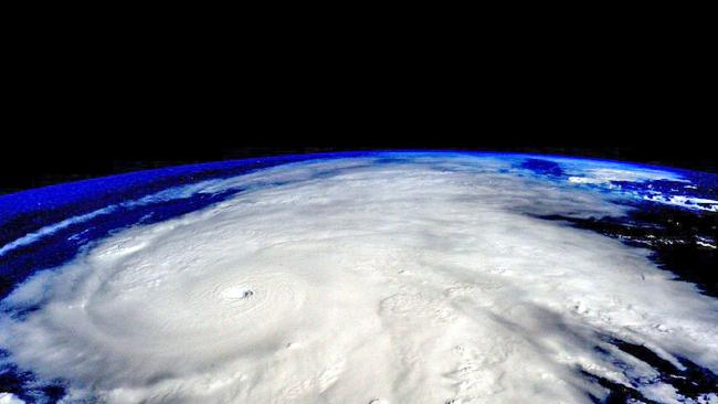 Hurricane+Patricia+from+space
