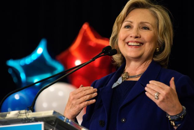 Hillary+speaking+to+women+at+a+conference+in+Manhattan+in+2015.+Photo+Courtesy%3A+Getty
