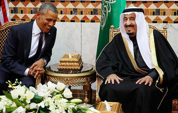 U.S. President Barack Obama meets with Saudi Arabia's King Salman (R) at Erga Palace in Riyadh. Photo credits: Jim Bourg/ Reuters.